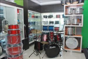 toko alat musik