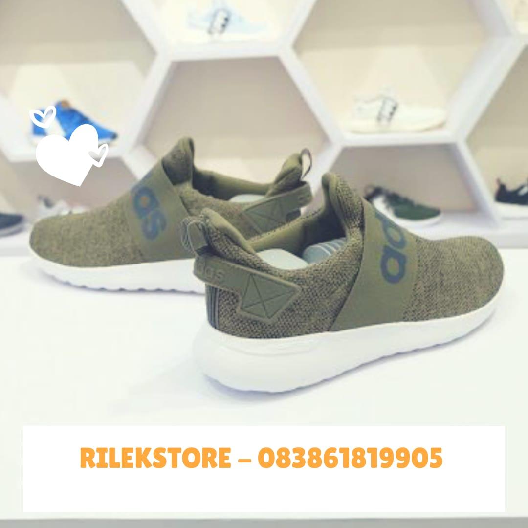 Jual Sepatu Adidas Original Indonesia b6bddaf44e