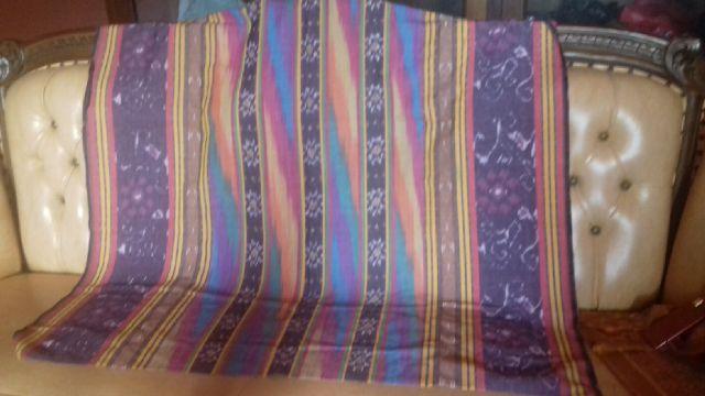 kain tenun blanket